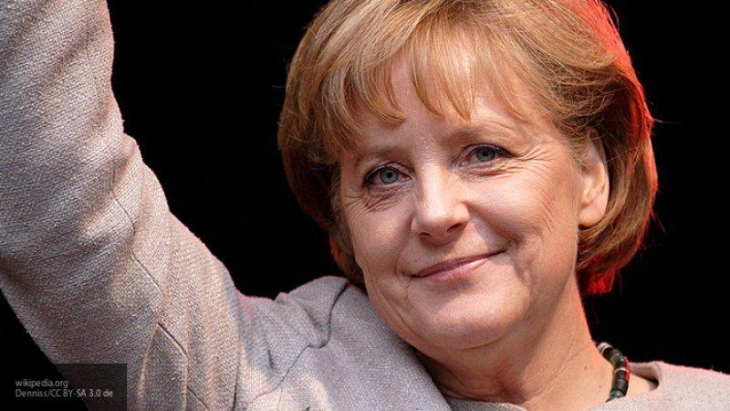 """Журналисты The Guardian рассказали, что ждет Европу с закатом """"звезды Меркель"""""""