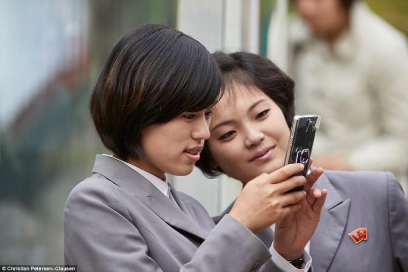 Мобильники и интернет в КНДР