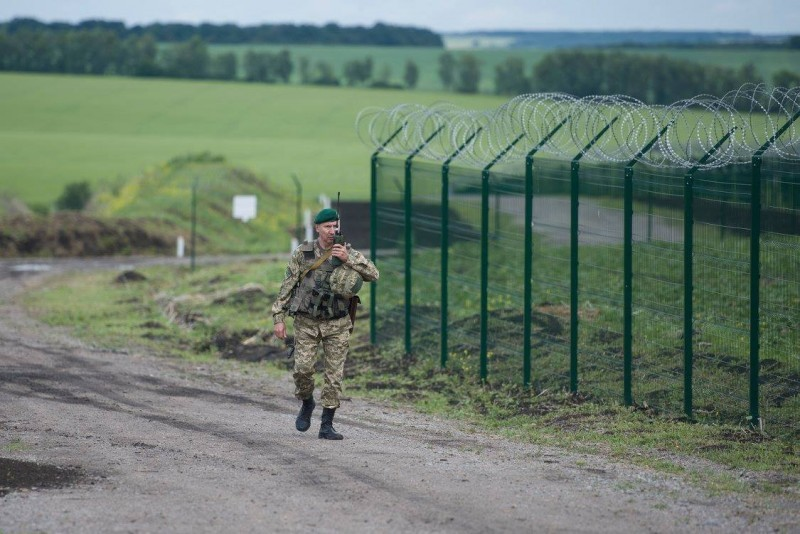 Как выглядит стена на границе Украины с Россией граница, прикол, факты