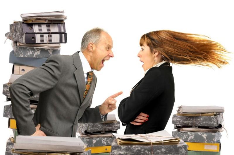 Начальник – женоненавистник, или как недолюбленные ушлепки вымещают злость на женщинах