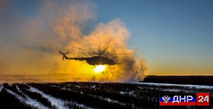 Обстановка на фронте обостряется: В небе над Донбассом замечен вертолет ВСУ, прогремел мощный взрыв