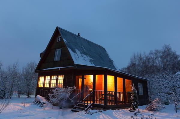 Как утеплить дачный дом быстро, просто и с минимальным бюджетом
