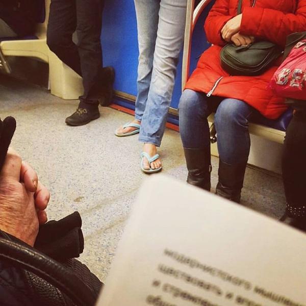 novaya-porciya-ugarnyx-fotok-modnikov-iz-metro_005
