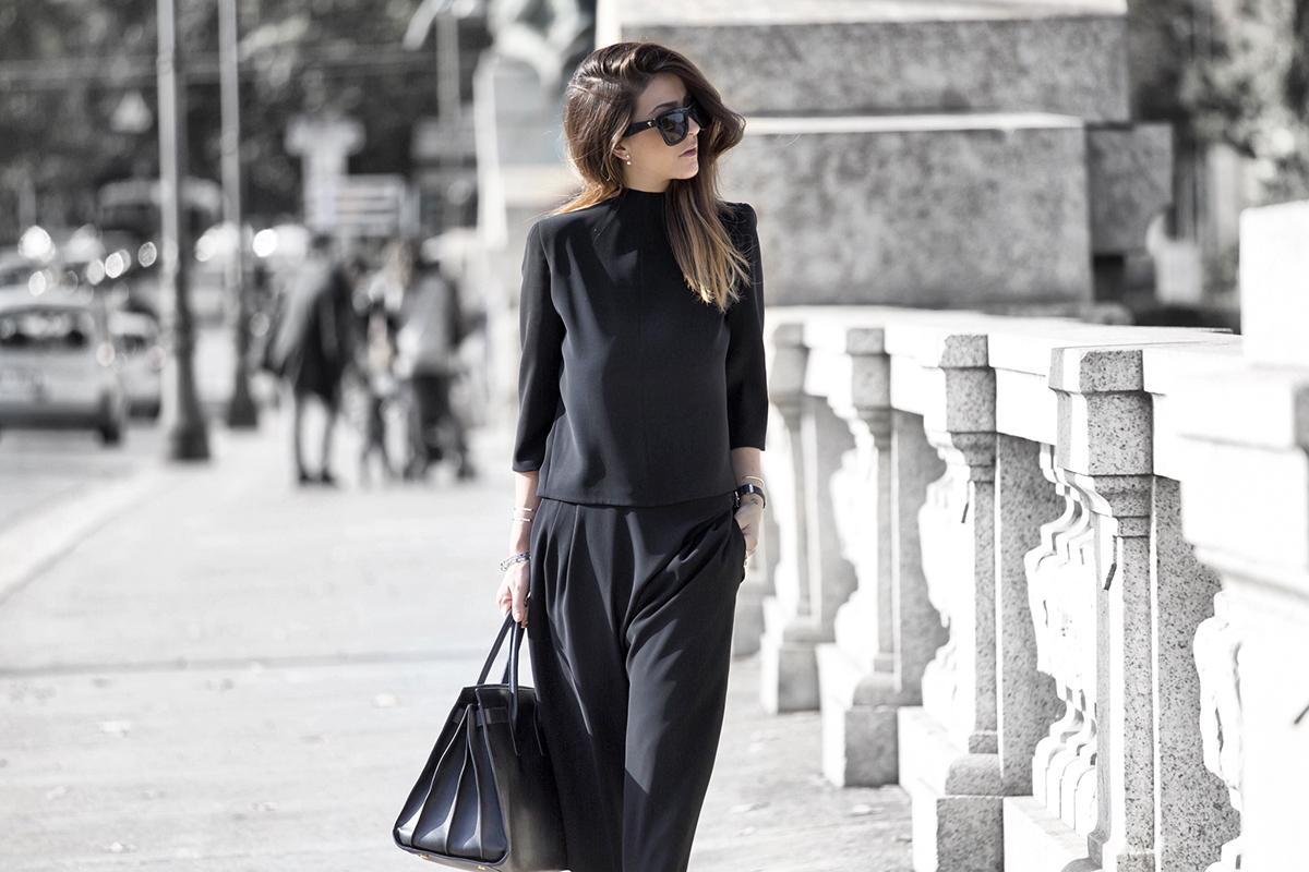 Черные блузки и рубашки с чем носить фото 5