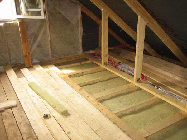 Утеплить пол, потолок двумя способами