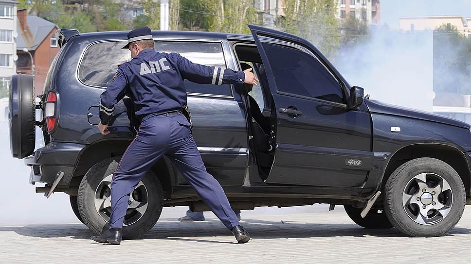 Ограничить право ГИБДД арестовывать
