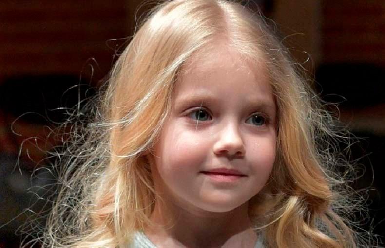 Маленькая доченька Пугачевой восхитила пользователей сети милым танцем