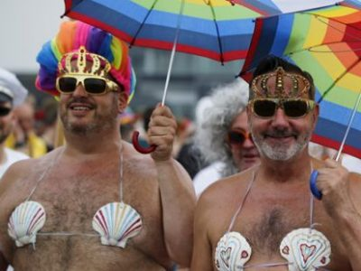 Первый в России гей-парад не…