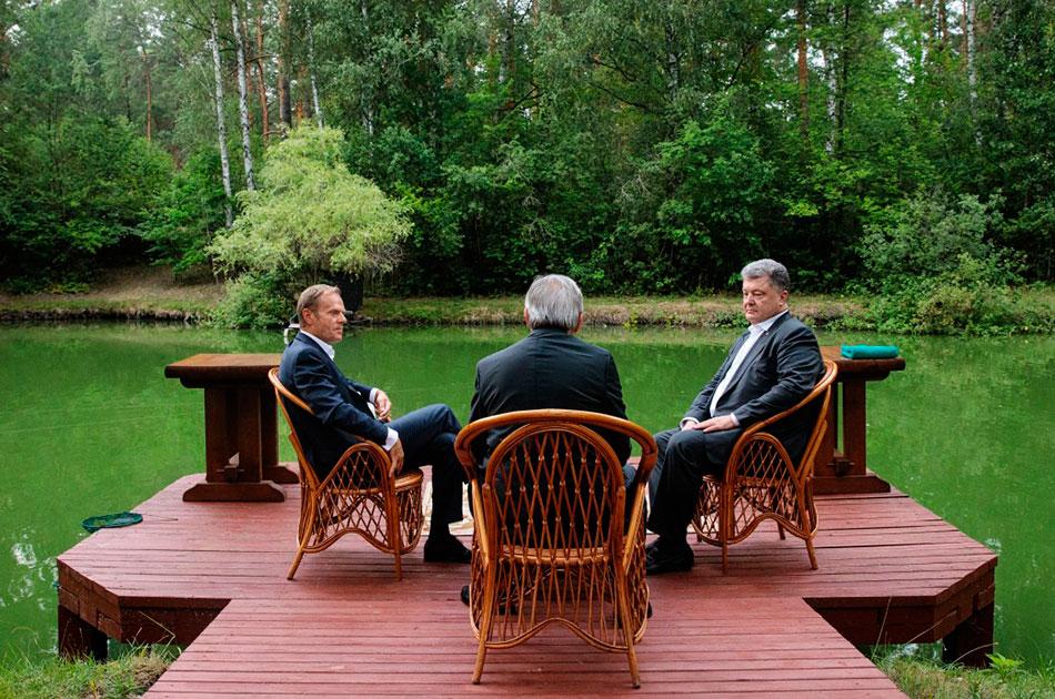 Как Порошенко опозорился на саммите Украина-ЕС