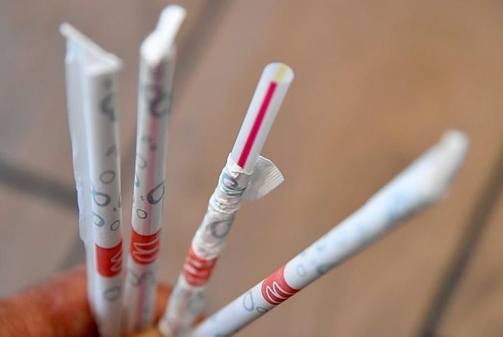 В Калифорнии ввели штрафы в 25 долларов за использование пластиковых соломинок