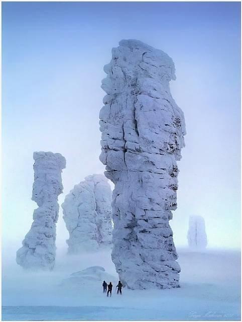 Столбы выветривания на плато Маньпупунёр — Россия интеренсое, планета земля, туризм