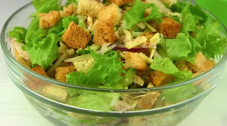 Изумительный хрустящий салат: украсит любой праздник