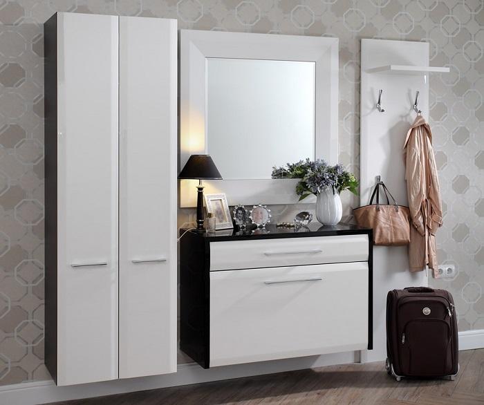 Навесная мебель делает пространство легким и свободным. / Фото: yapokupayu.ru