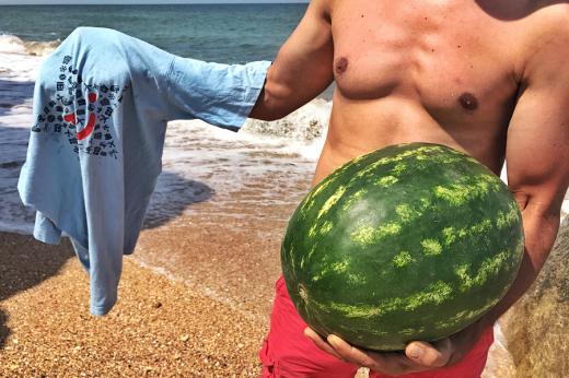 Лайфхак. Как легко охладить арбуз или пиво на пляже в сильную жару отдых,отпуск