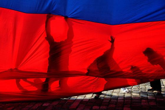 Западные СМИ негодуют: русская молодежь не пойдет на Майдан