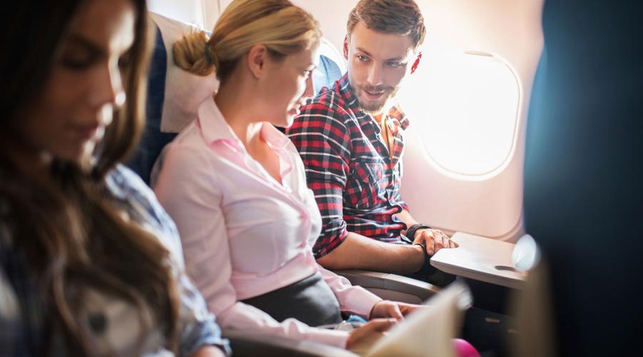 Пожалуйста, не хлопайте: 8 секретов, которые стюардессы никому не рассказывают