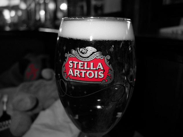 В России запретят продажу пива в большом «пластике»