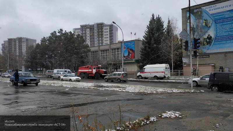 Учеников и преподавателей эвакуировали из политехнического колледжа в Академгородке Новосибирска