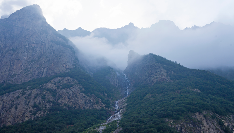 Мидаграбинские водопады — чудо Северной Осетии водопад, заброшенный город, крепость, пещеры, северная осетия