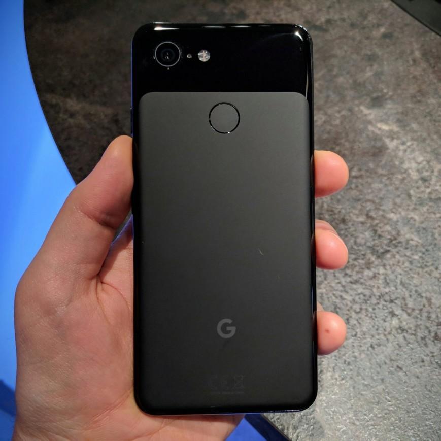 Журналисты сообщили о плохом качестве покраски новых Google Pixel 3 XL