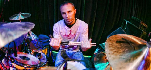 Cyberpunk 2077 - бывший барабанщик Guns N' Roses пишет музыку для новой игры CD Projekt RED