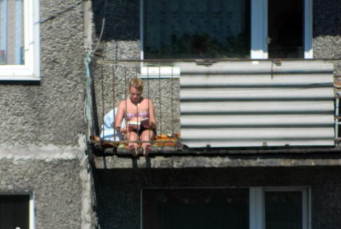 загар по русски на балконе фото цветков