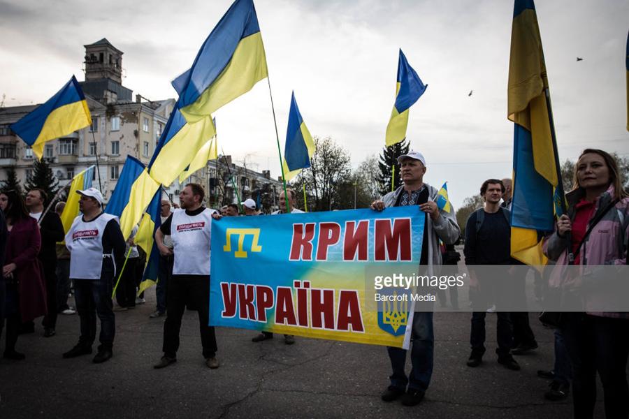 О незавидной судьбе жителей Крыма и Донбасса