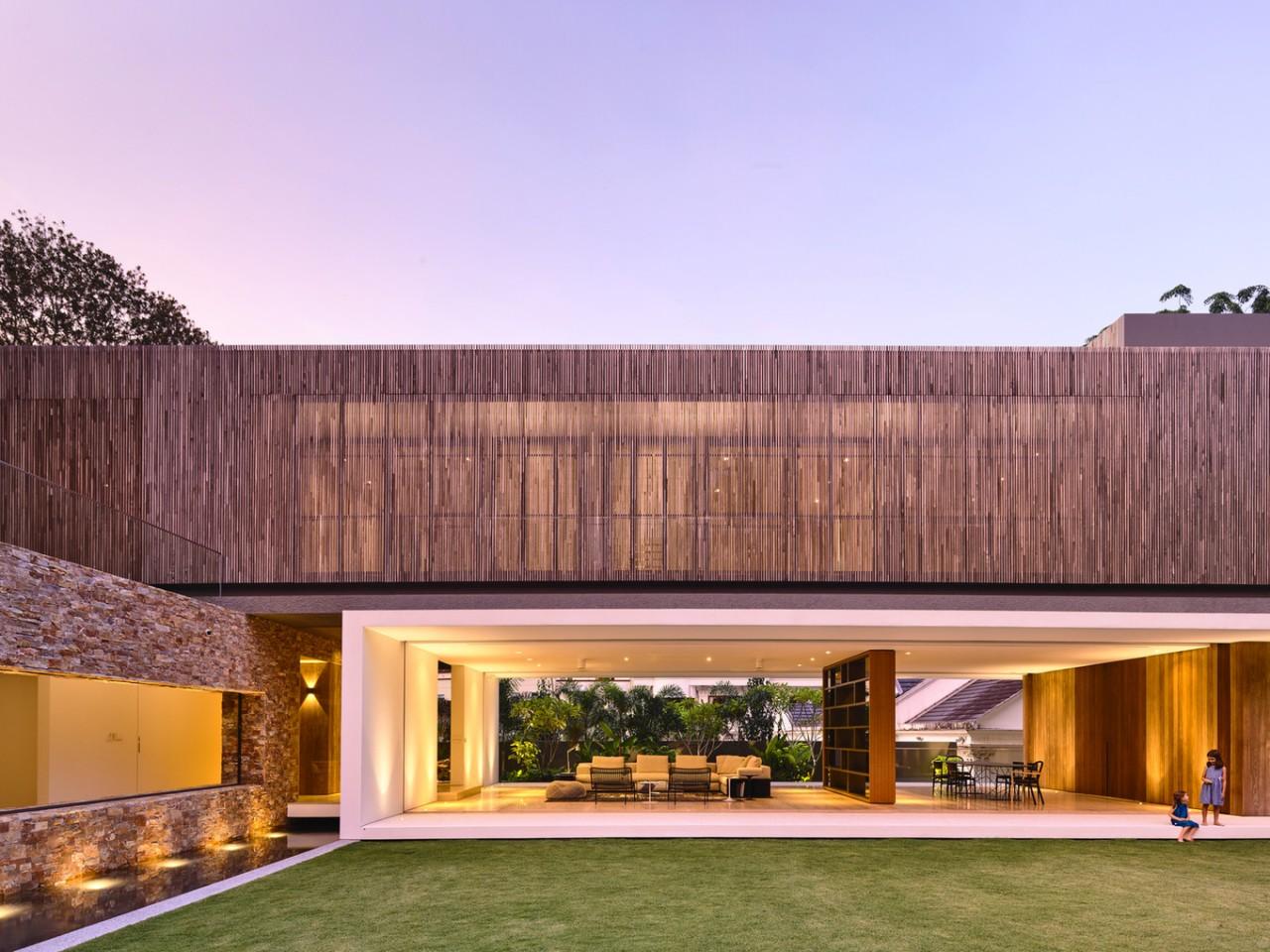 Дом в Сингапуре: диалог с окружающим ландшафтом