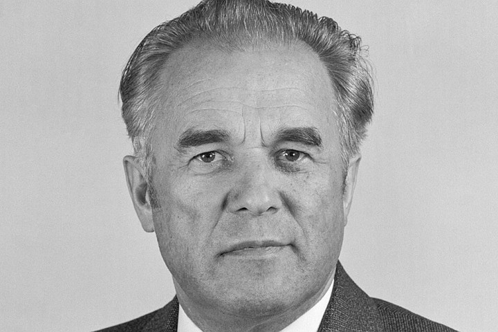 Умер экс-премьер Украины Виталий Масол