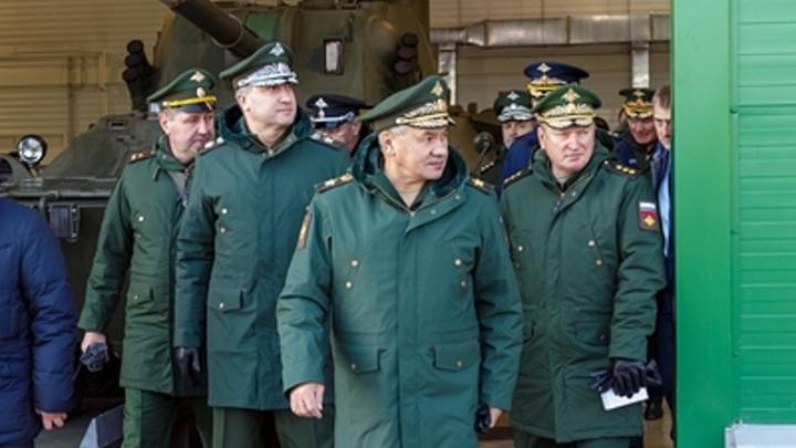 Кризис миновал: Шойгу заявил о решении всех проблем с подготовкой офицеров в армии