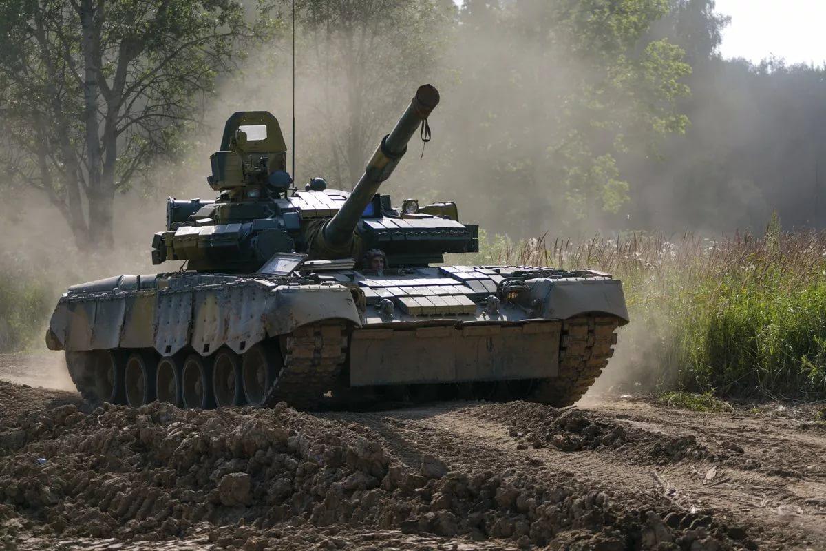 показать картинки танков рф подборку