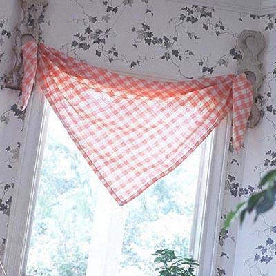 Мини-бикини: кухонные шторы из небольших кусочков ткани — 20 легких вариантов кухня