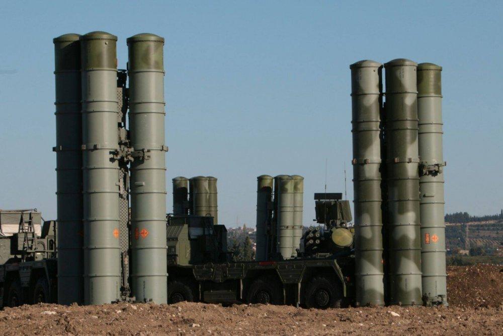 «Удивительный результат»: С-400 без единого выстрела изменил военно-политическую конфигурацию в Сирии