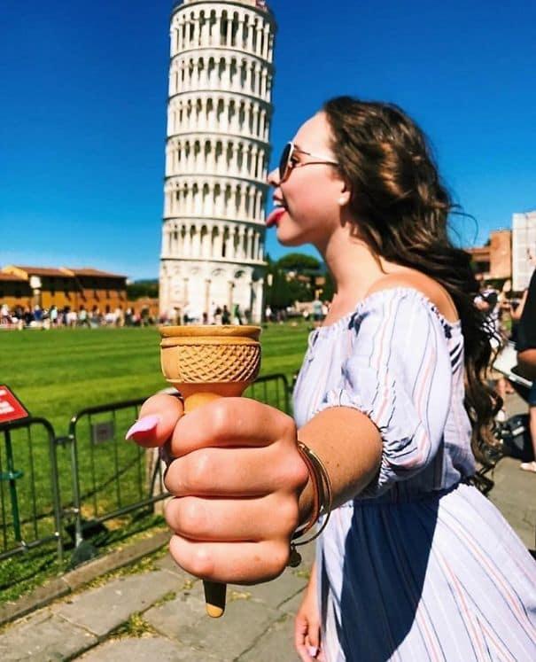 15 уморительных примеров того, что фотографироваться с Пизанской башней не так уж и скучно