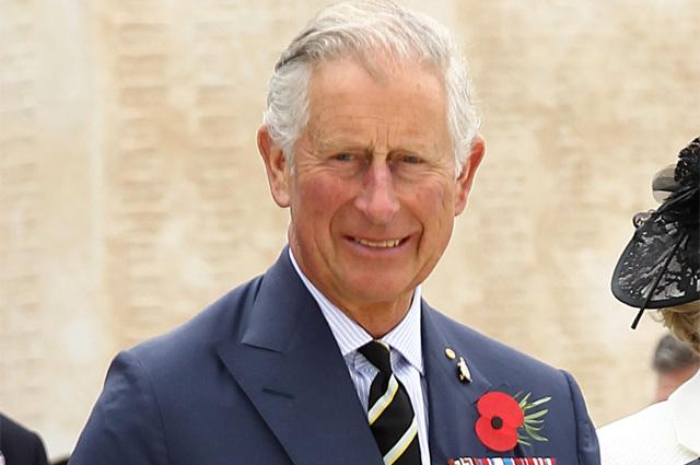 Симптомов нет: принц Чарльз вылечился от коронавируса и вышел из самоизоляции