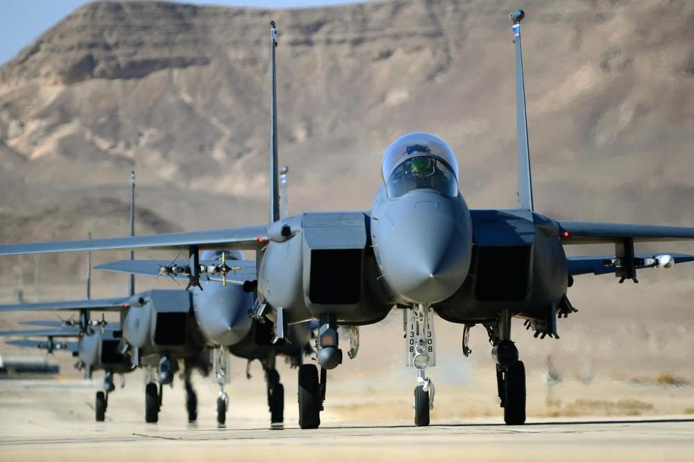 Почему российские С-400 — это не шутка, и почему ни одни ВВС не хотят вступать в борьбу с ними