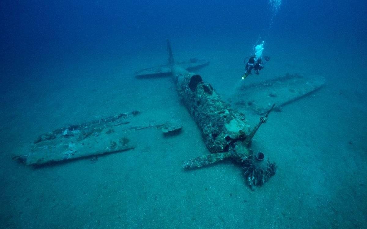 Обнаружение затонувших судов или упавших в океан самолетов почти невозможно / ©Flickr