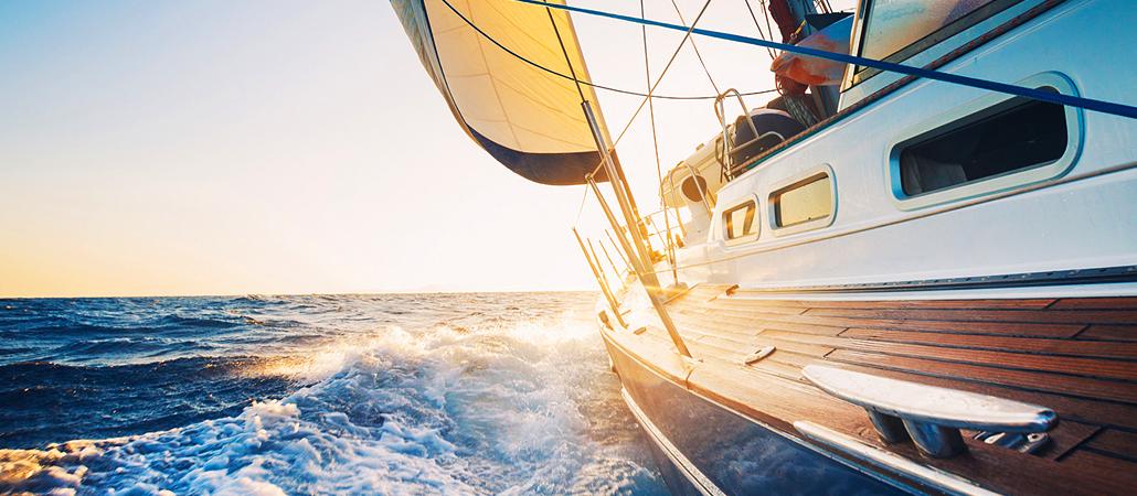 Как получить права на управление яхтой Поделиться