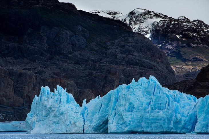 Голубой ледник Грей в Патагонии интересное
