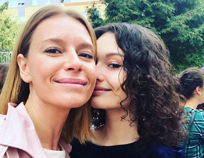 Дочь Толкалиной и Кончаловск…
