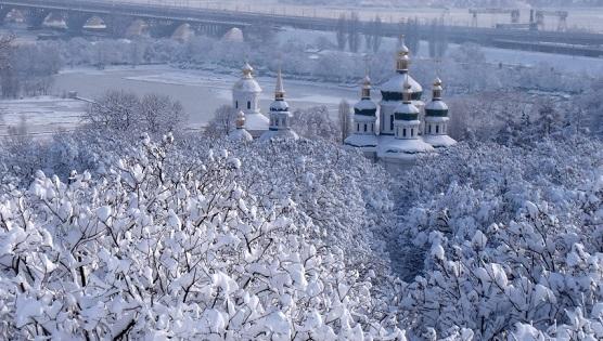 Киевские службы готовятся кнаводнению