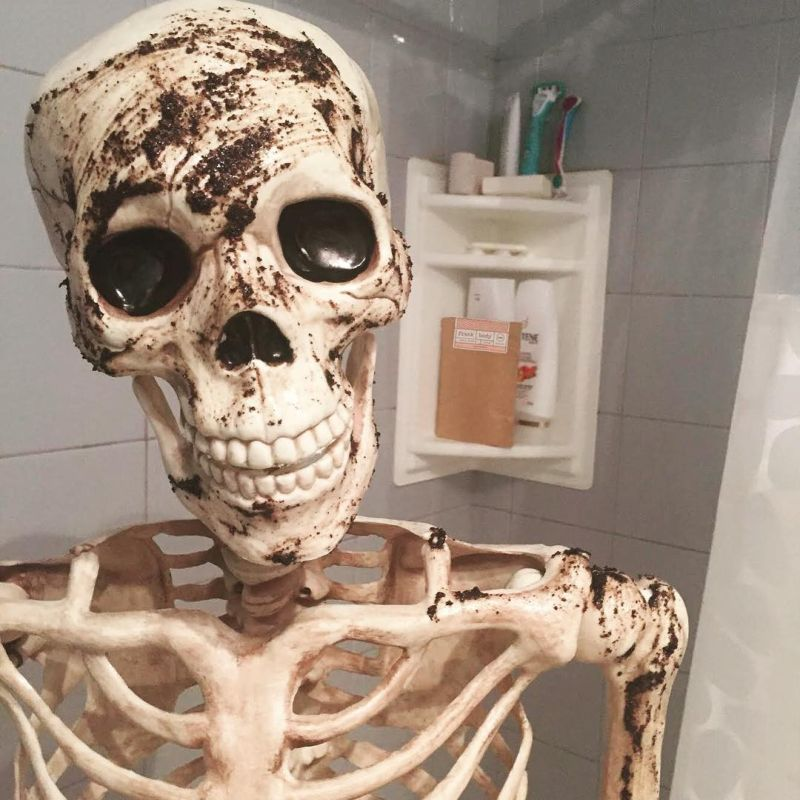 днем смешные картинки с скелетами одного