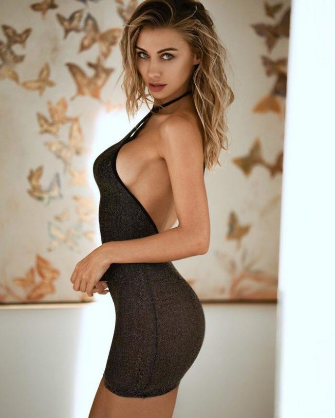 самые красивые девушки в эротике облегающих мини платьях фото этого