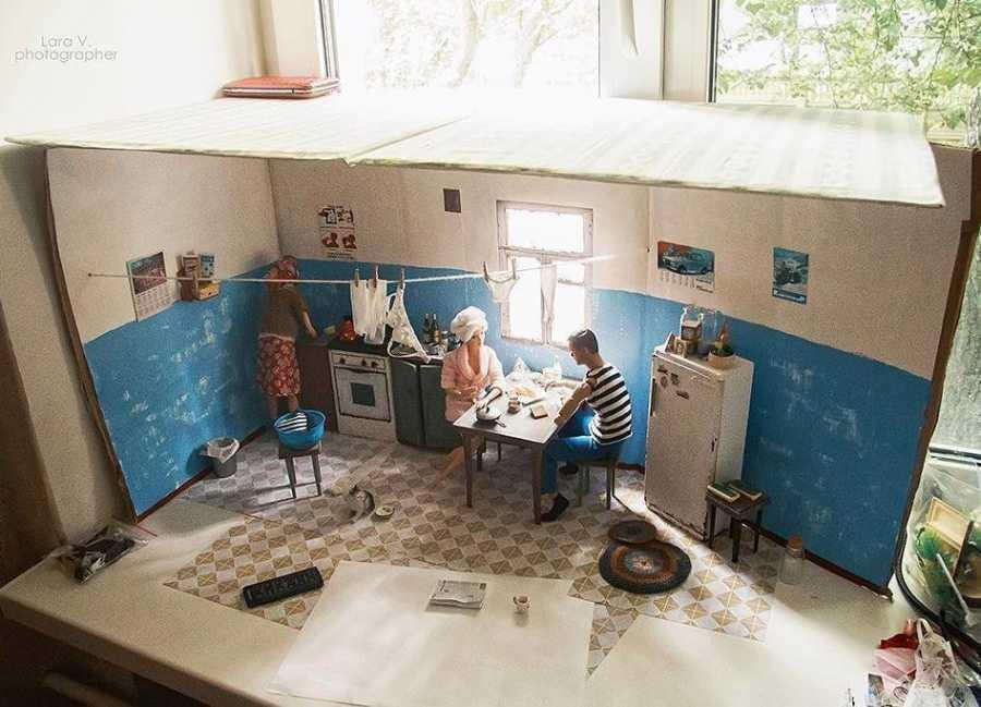 С трибун одно, на кухнях другое: включается режим позднего СССР