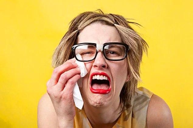 Днем, смешные картинки женщина плачет