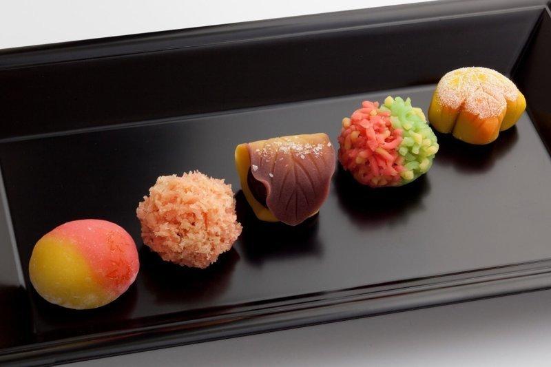 2. Национальные сладости интересно, путешествия, удивительно, япония