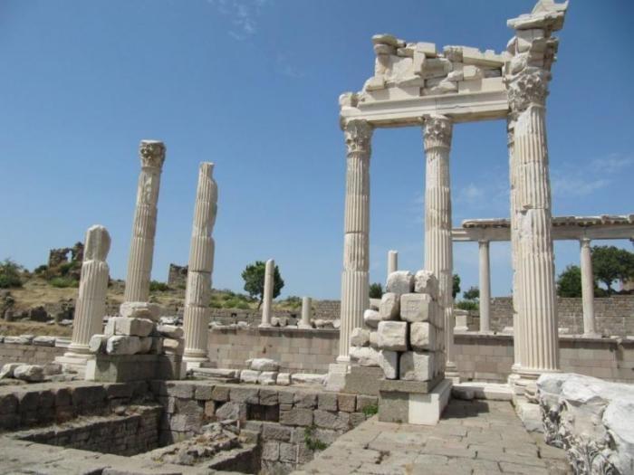 Эти древности обязан посетить каждый
