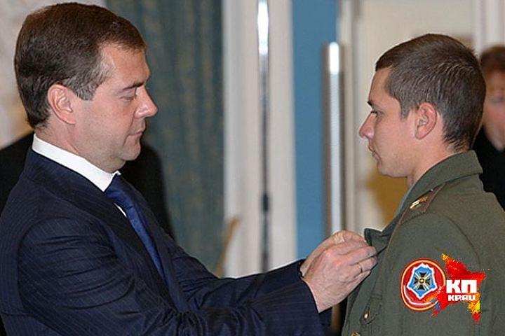 Совершил невозможное: самый молодой Герой России – Мыльников Сергей