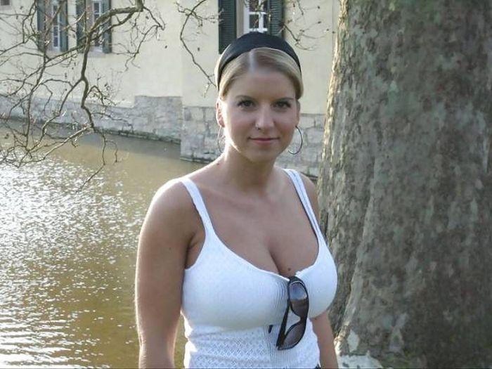 bolshie-grudi-russkie-domashnee-foto