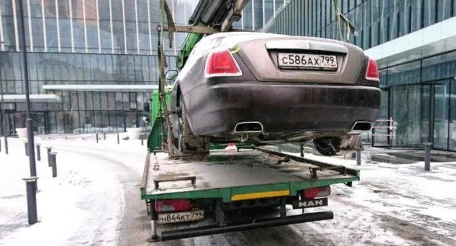 Больше тысячи люкс-автомобилей отправили на спец.стоянки в Москве с начала года Автомобили